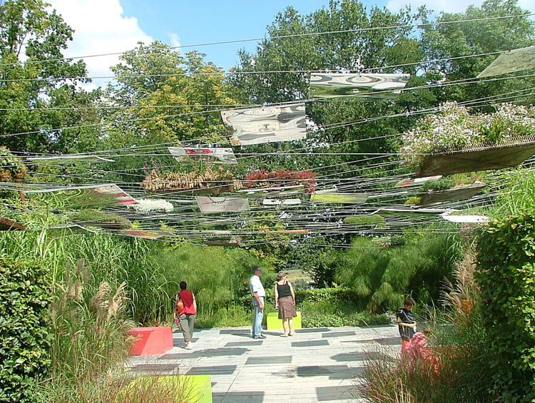 jardin suspendu par sabine buisson sur l 39 internaute. Black Bedroom Furniture Sets. Home Design Ideas