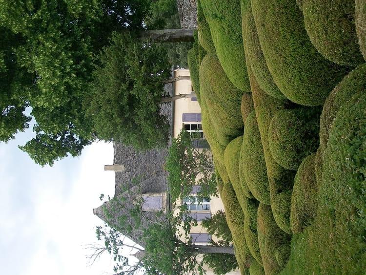 L 39 art topiaire du jardin de marqueyssac par v ronique for Art du jardin zbinden sa