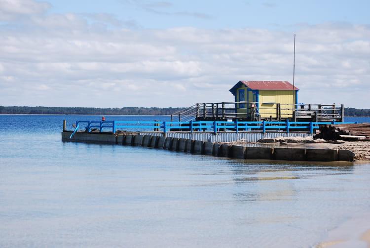 La cabane au bord du lac par genevieve lapoux sur l 39 internaute - La cabane au bord du lac ...
