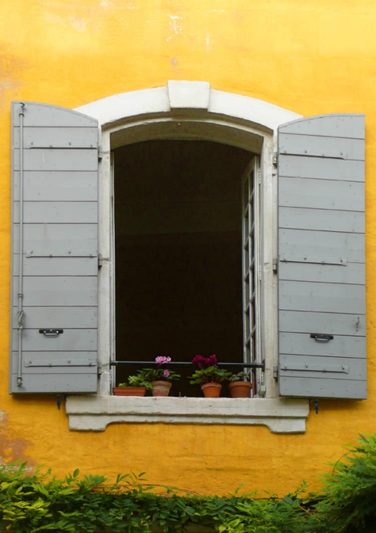 La chambre jaune par claude de garam sur l 39 internaute - Le mystere de la chambre jaune resume ...