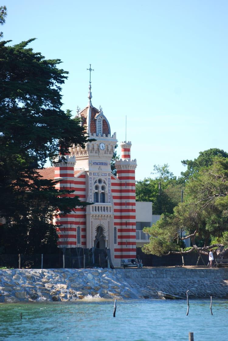 La chapelle de la villa alg rienne par genevieve lapoux sur l 39 internaute - La villa berkel par paul de ruiter ...