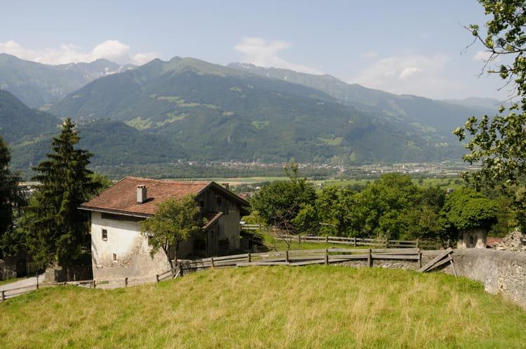 La maison mus e de heidi en suisse par gilles oster sur l - Incroyable maison monolithique en suisse ...