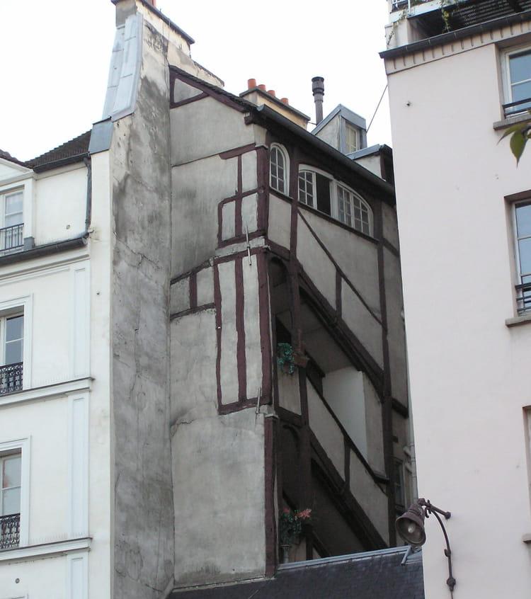 La plus ancienne maison de paris par g rard robert sur l for Ancienne maison close paris