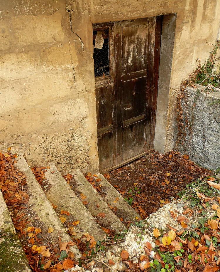 La porte de la cave par josiane ferret sur l 39 internaute for Porte cave
