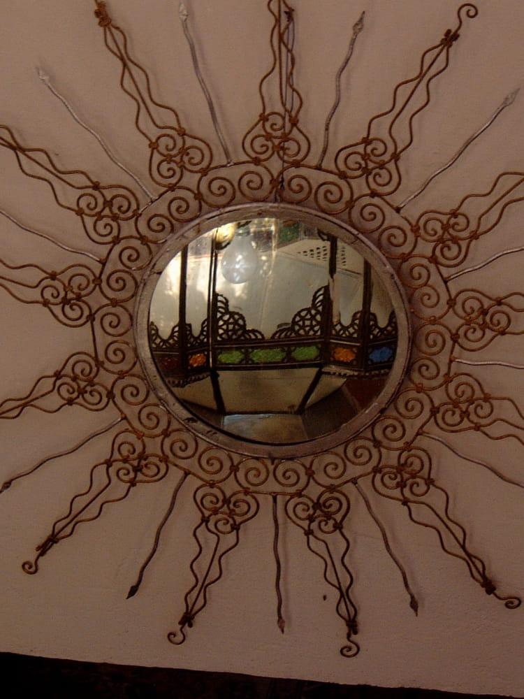 Lampe marocaine dans miroir par norbert moysan sur l for Lampe miroir