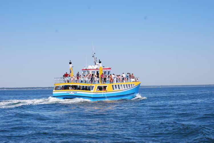 traversée arcachon cap ferret bateau