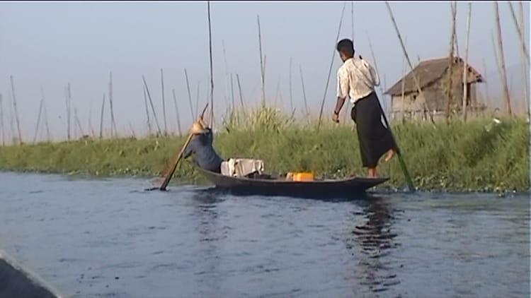 Le jardinier du lac par jean marie cerou sur l 39 internaute for Recherche jardinier
