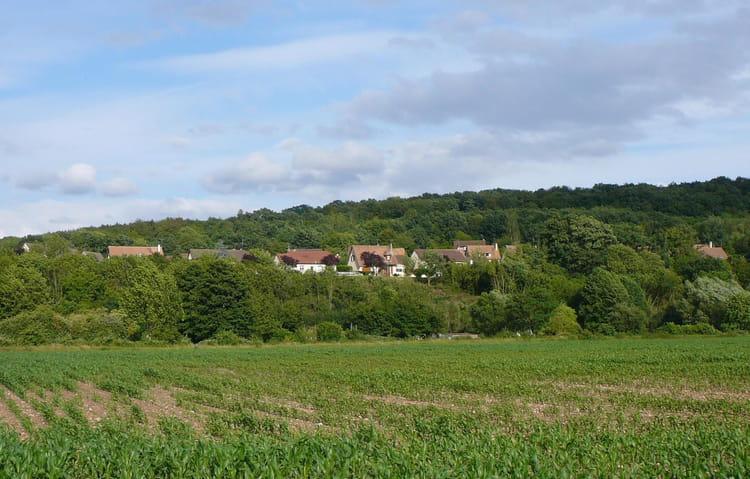 Les maisons sur la colline par jacqueline dubois sur l for Maison sur colline
