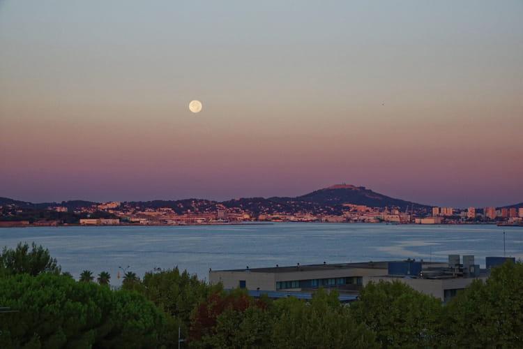 Lever du jour coucher de lune par roger andreoletti sur l 39 internaute - Heure de lever et coucher de la lune ...