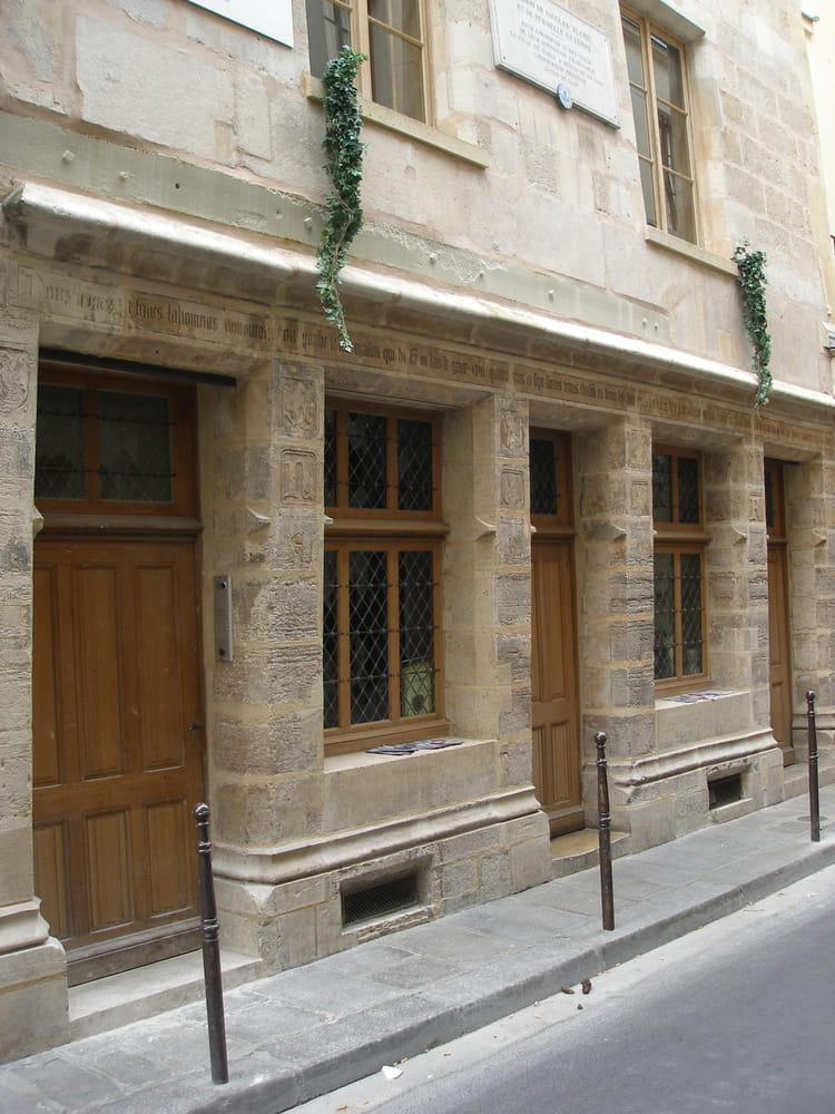Maison de nicolas flamel par alain roy sur l 39 internaute for Maison nicolas