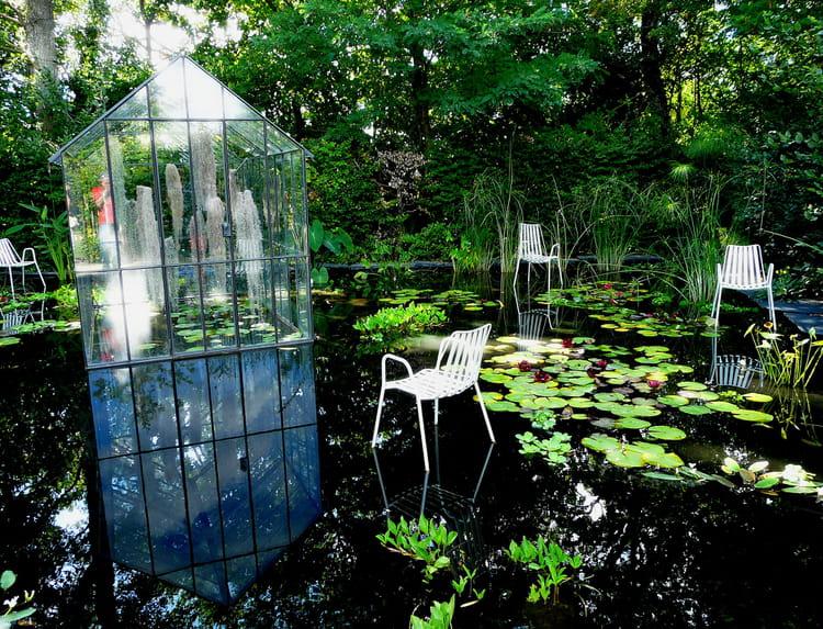 maison flottante par jacky jourdren sur l 39 internaute. Black Bedroom Furniture Sets. Home Design Ideas