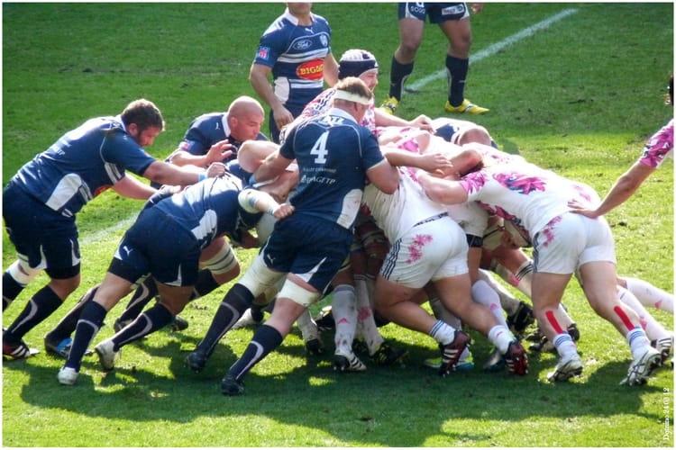 rugby stade francais face agen le 24 03 02 au mmarena du mans par dominique chavonnet sur l. Black Bedroom Furniture Sets. Home Design Ideas