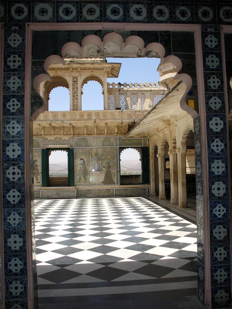 udaipur city palace par fran oise ouin sur l 39 internaute. Black Bedroom Furniture Sets. Home Design Ideas