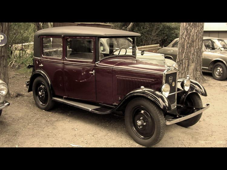Vieilles voitures par guyom kapeli sur l 39 internaute for Salon vieilles voitures