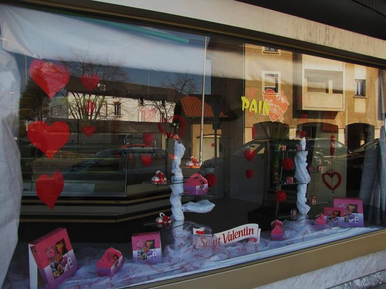 vitrine st valentin par jean marc puech sur l 39 internaute. Black Bedroom Furniture Sets. Home Design Ideas