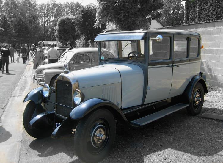 voiture ancienne par francine ancel sur l 39 internaute. Black Bedroom Furniture Sets. Home Design Ideas