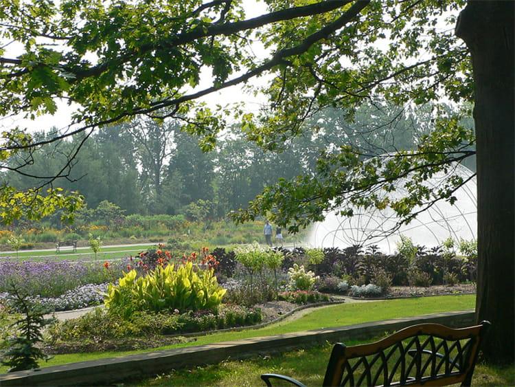 Vue du jardin zoologique du qu bec par mariette provencher for Jardin quebec
